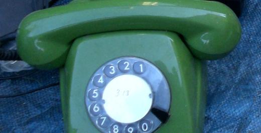 ¿Cuánto Contamina Una Llamada De Teléfono?